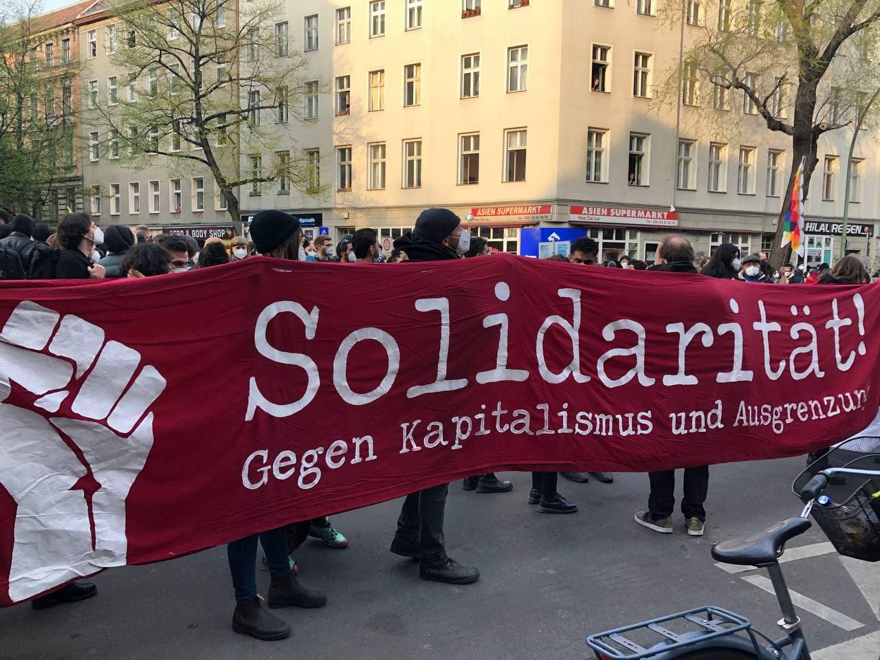 Berlin: Devrimci 1 Mayıs (türkçe konuşma)
